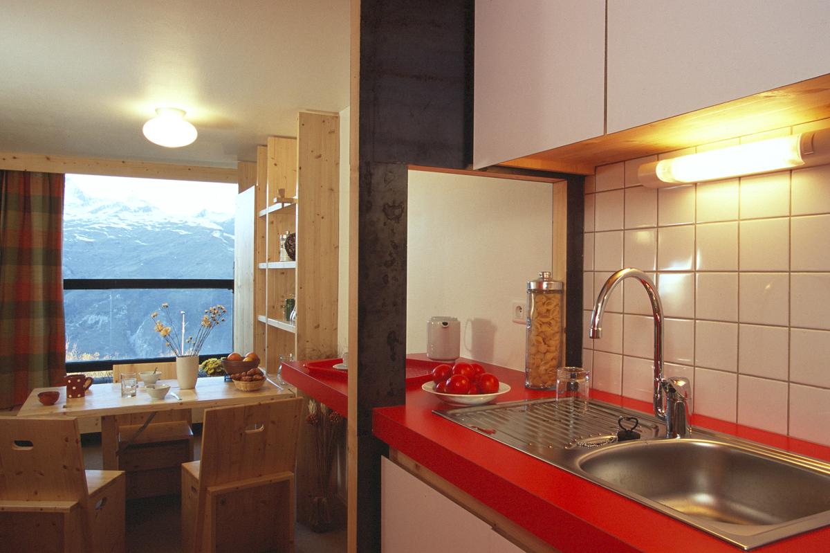 Station de ski les arcs r novation for Cuisine couloir